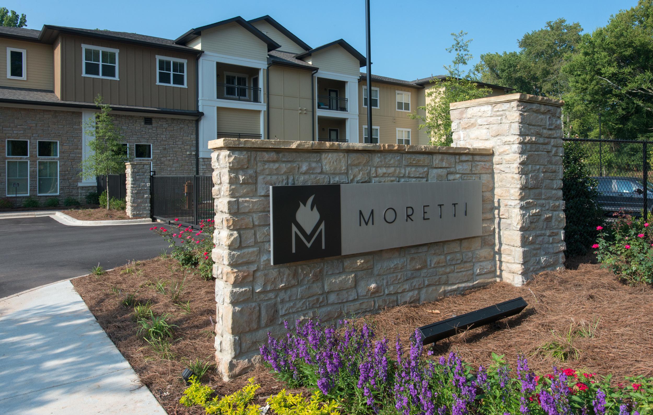 Moretti-022-Lower Sign.jpg