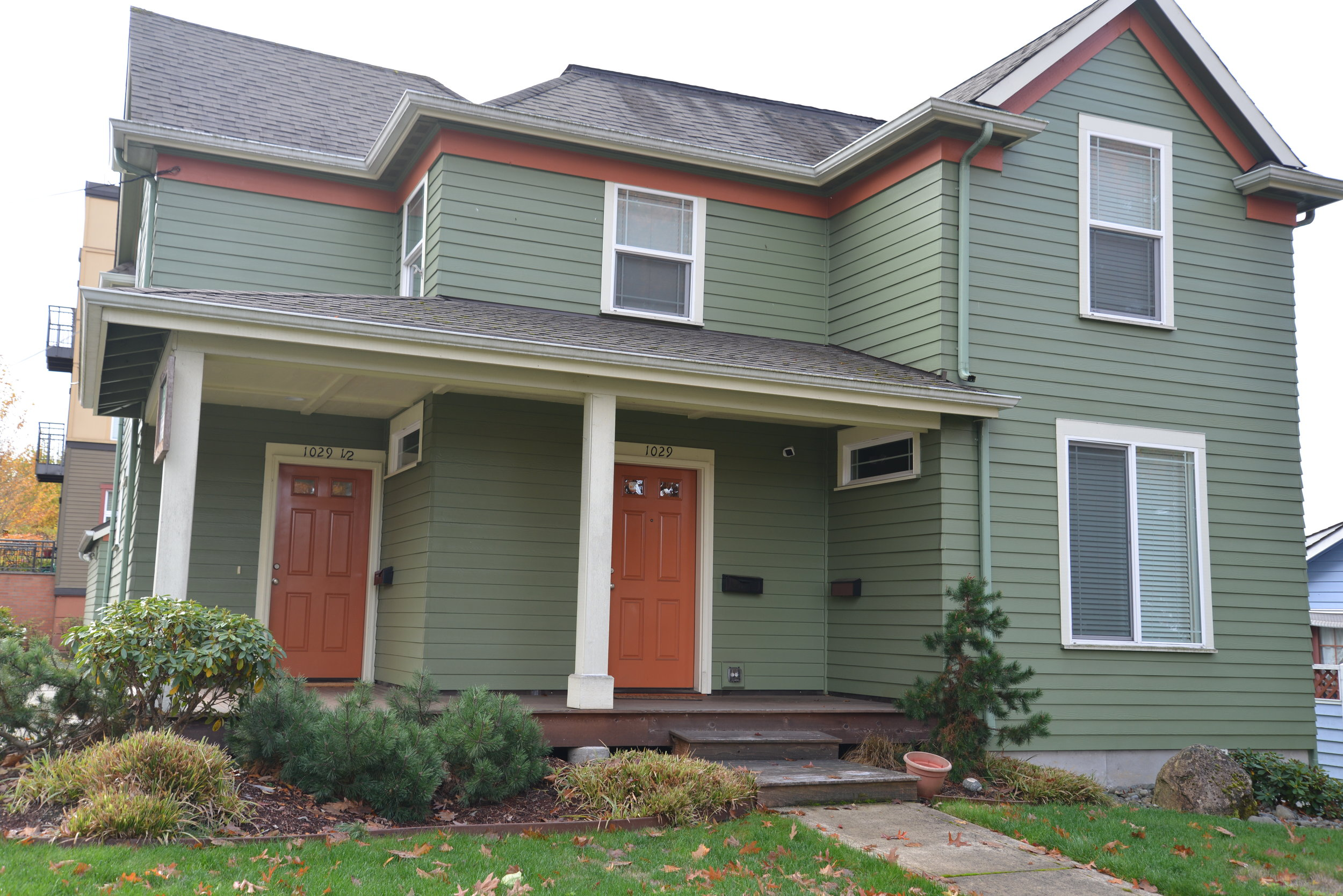 Single Family Home converted to a Duplex - Existing design criteria requires units to maintain neighborhood character  Courtesy of the City of Olympia
