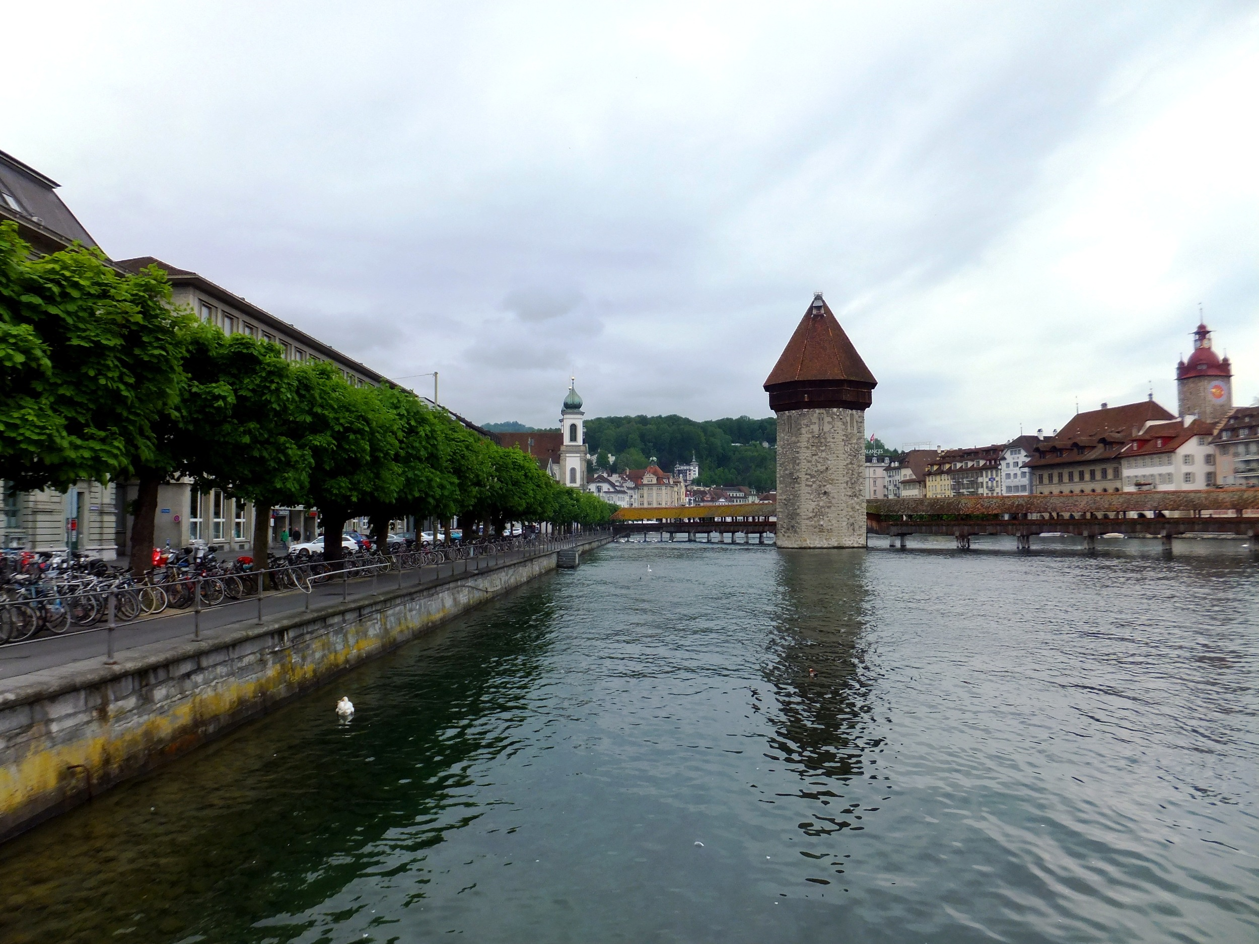 DSCF4096 Chapel Bridge, Water Tower, Reuss River