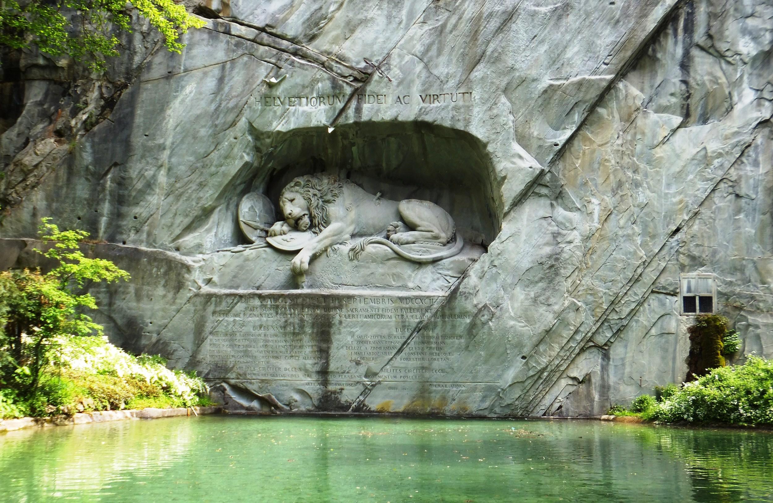 DSCF4203 The Lion Monument