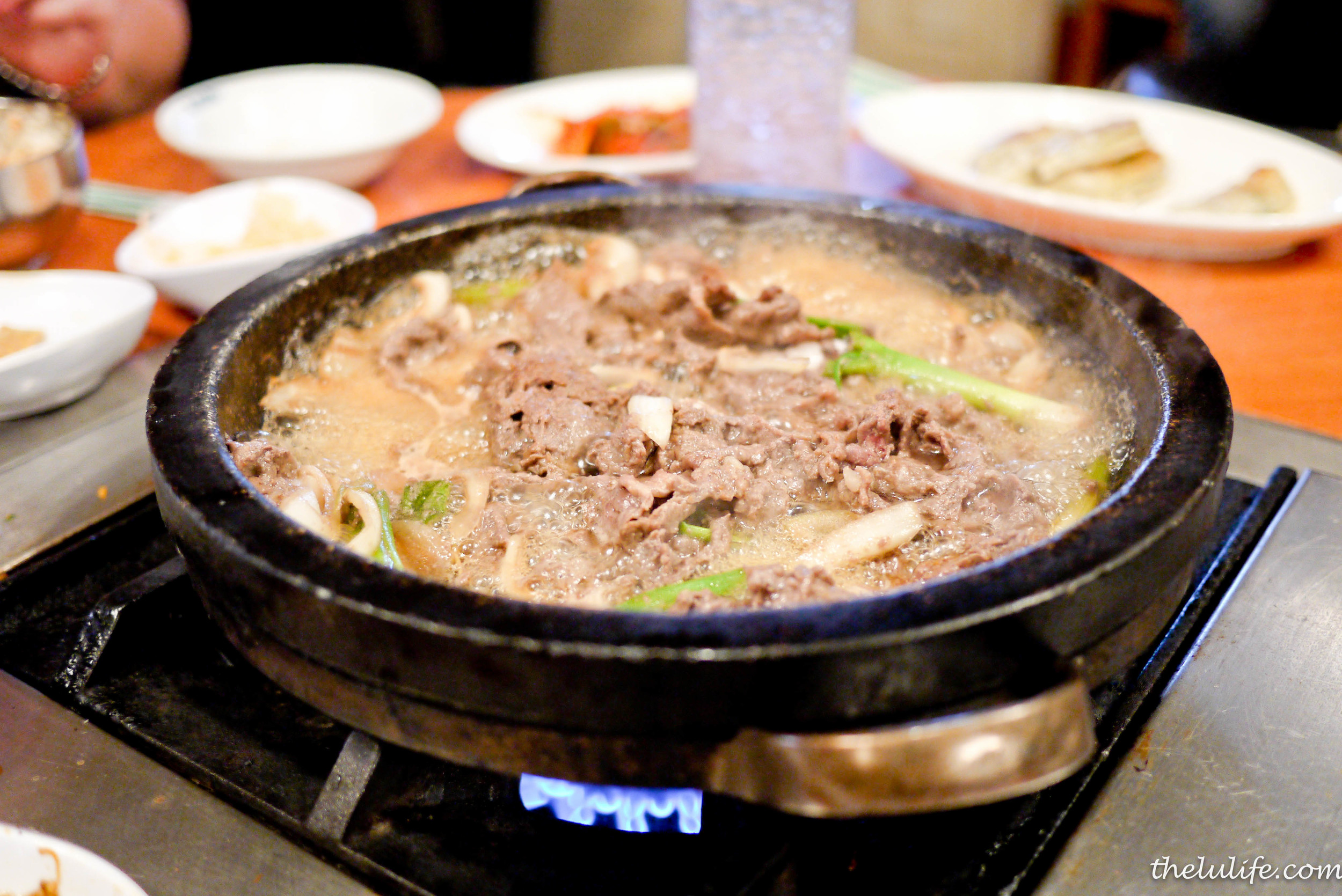 BulLak-Gui - Beef and octopus marinated in house specialty sauce cooked in stone pan