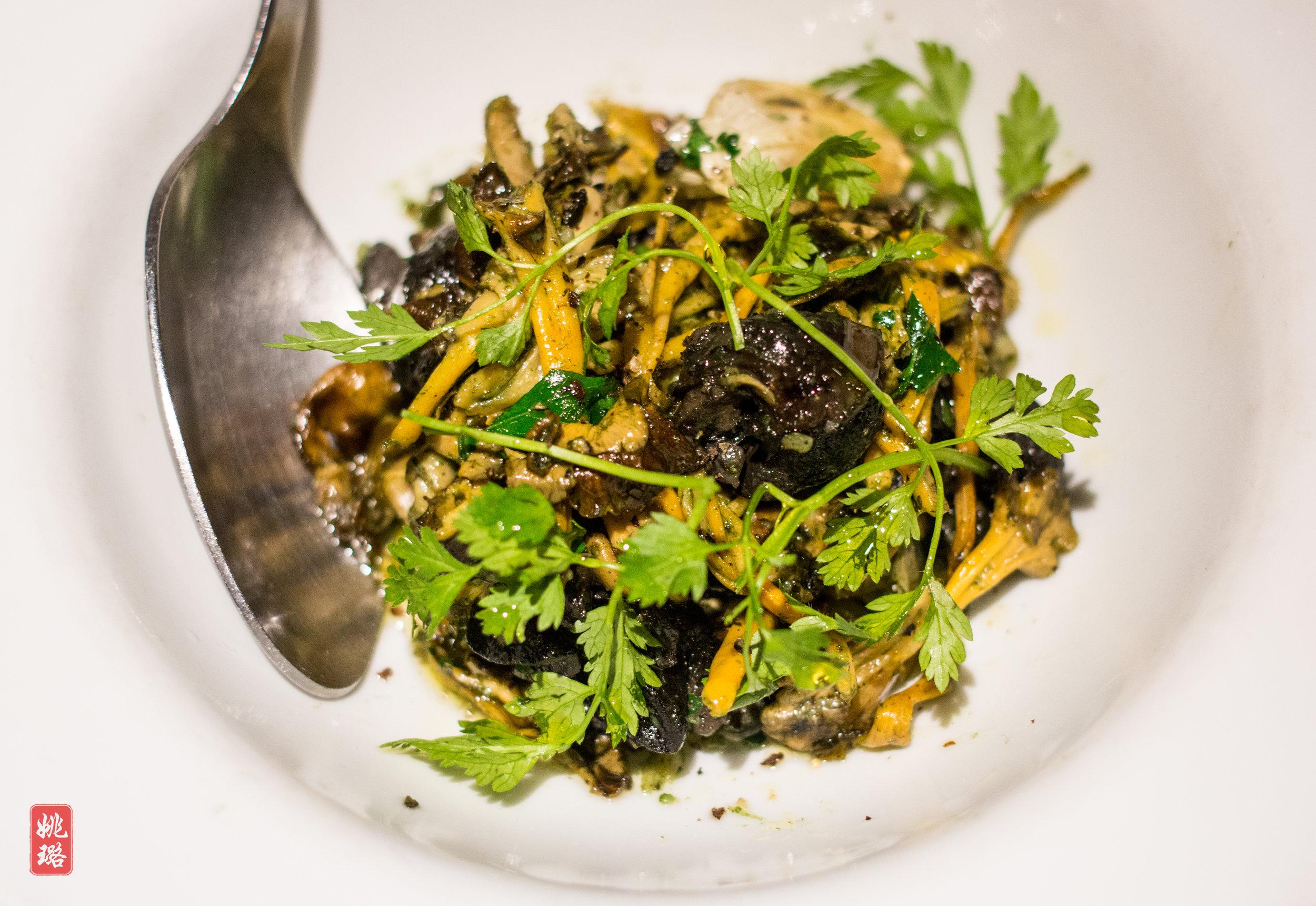 IMG_8670 Neighborhood - Yellow chanterelle mushrooms with escargot.jpg