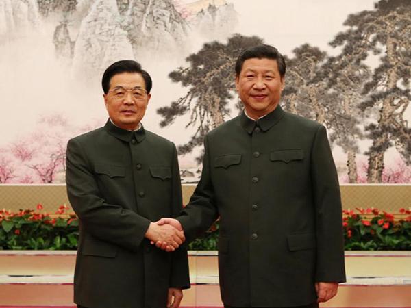Actual presidente de la República Popular de China, vistiendo Zhongshan. Fuente: www.topchinatravel.com