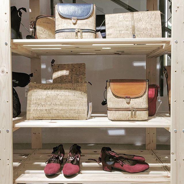 tiendas-ropa-china-madrid-ichido-bolsos.jpeg