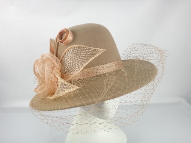 lily-sombrero-casual-marron.JPG