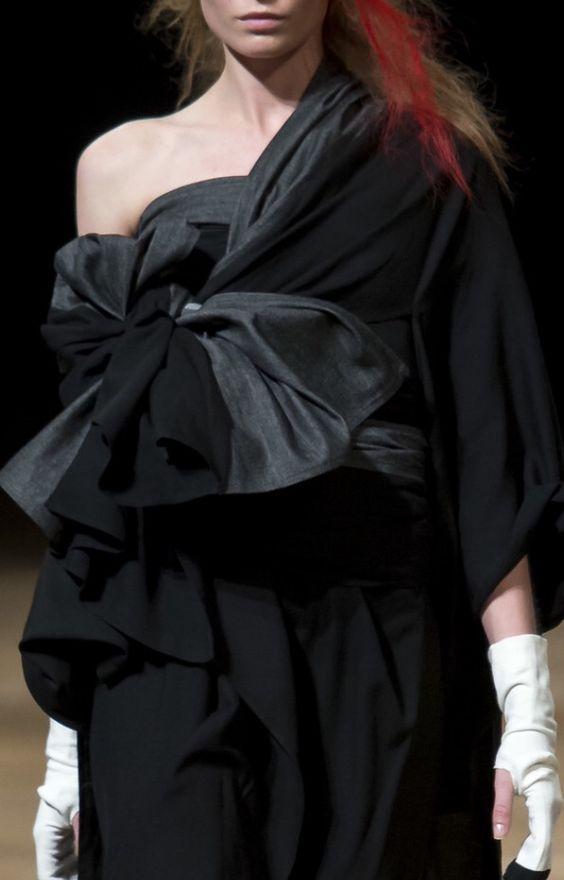 disenadores-moda-japoneses-yohji-yamamoto-ropa.jpg