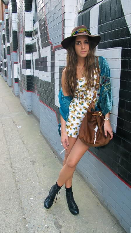 Imagen de Gala González con kimono. Post de su blog de 2011.