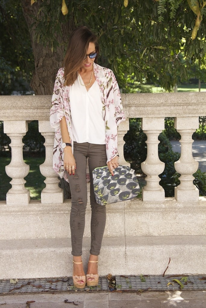 blogueras-moda-espanola-marta-carriedo-kimono.jpg