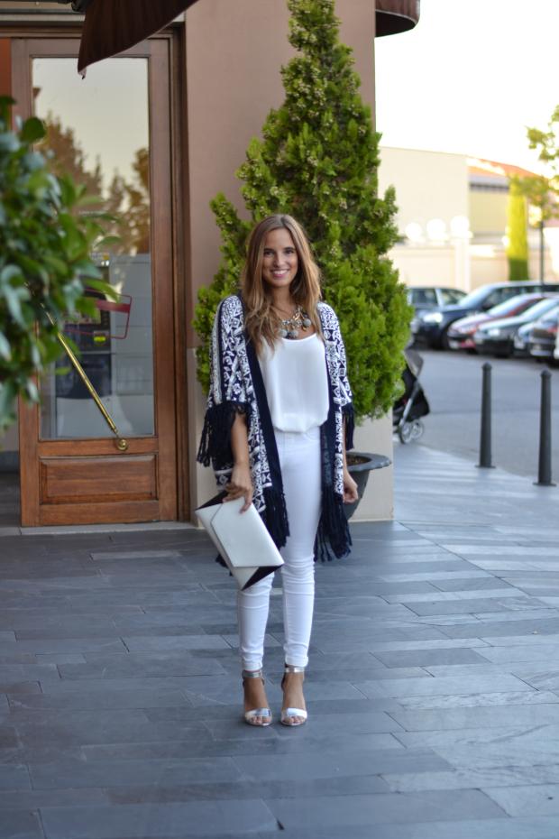 blogueras-moda-espanolas-reina-low-cost-mujer.JPG