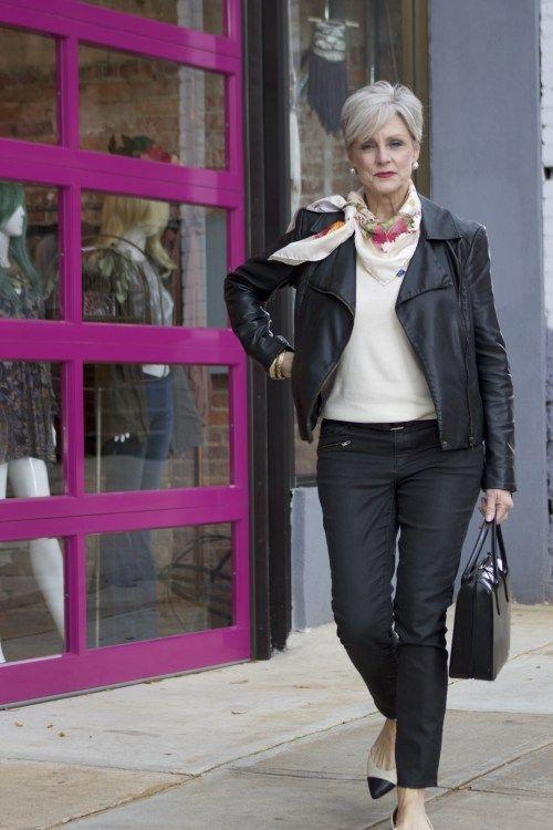 moda-mujeres-50-chaqueta-cuero.jpg