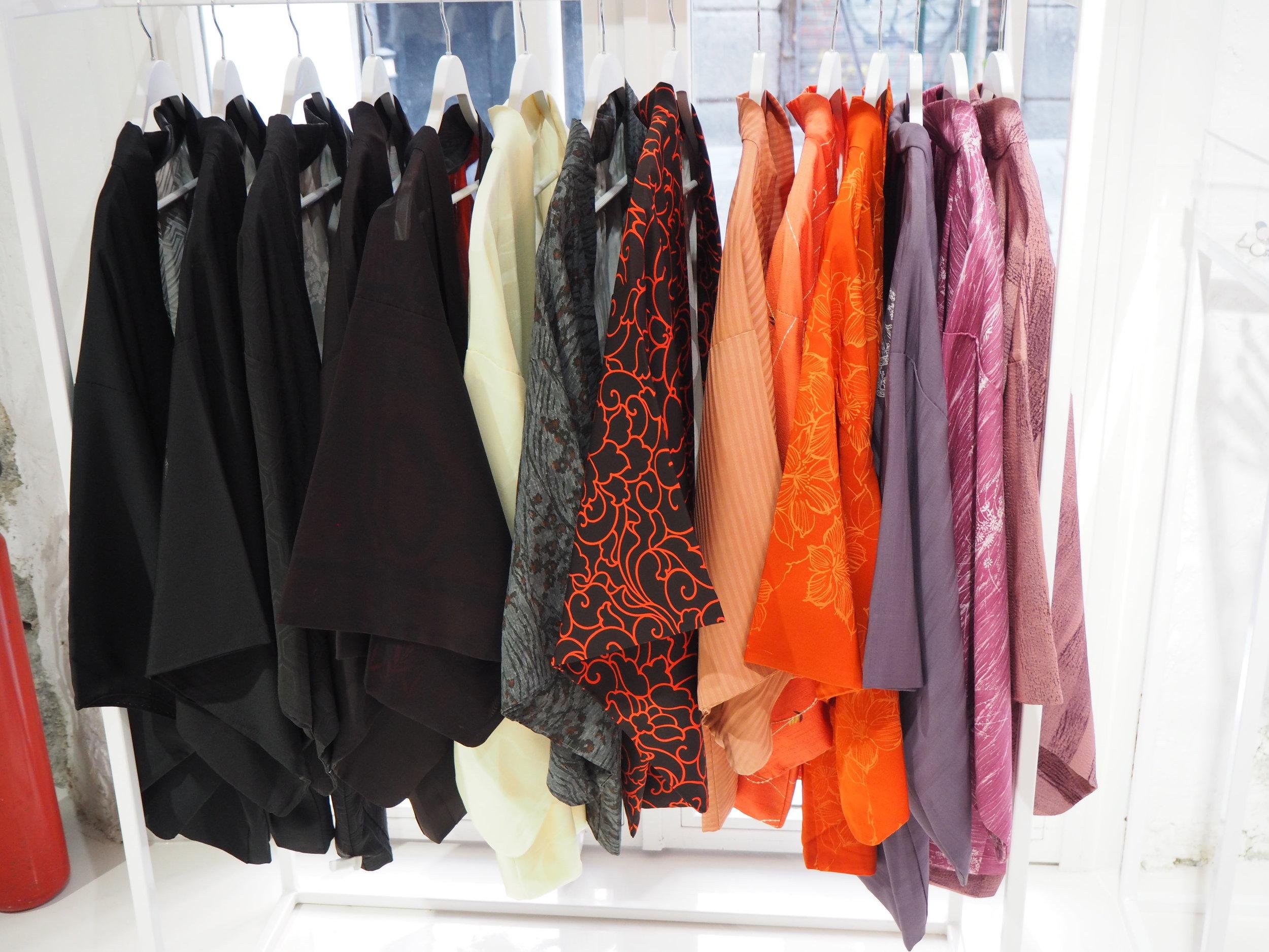 tiendas-ropa-madrid-originales-kimonos.JPG