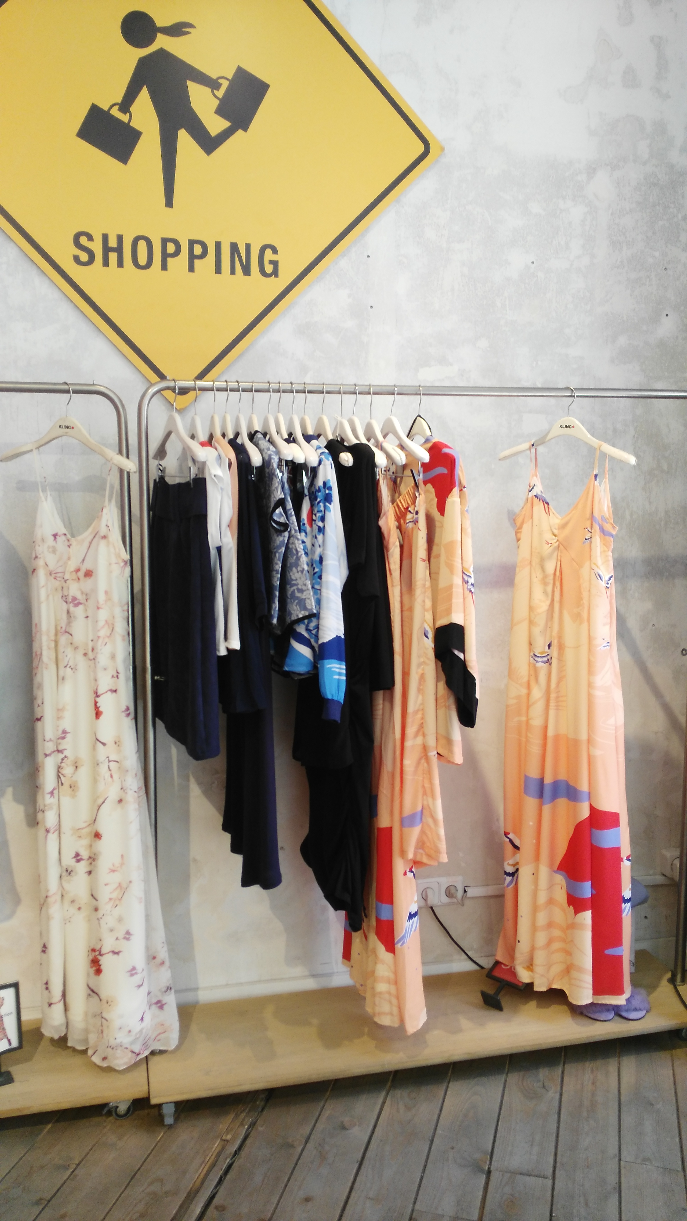 tiendas-ropa-madrid-originales-kling-vestidos.jpg