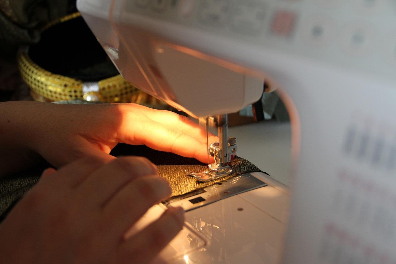 como-empezar-a-vender-ropa-disenos.jpg