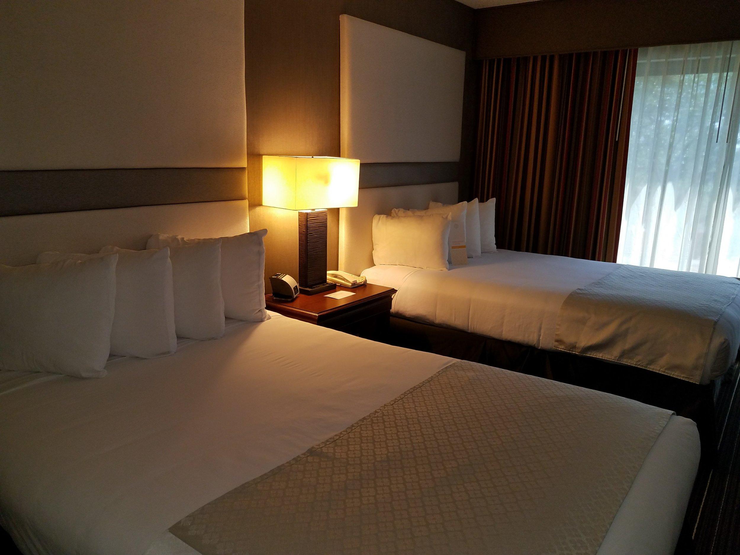 Guestroom Suite.01.jpg