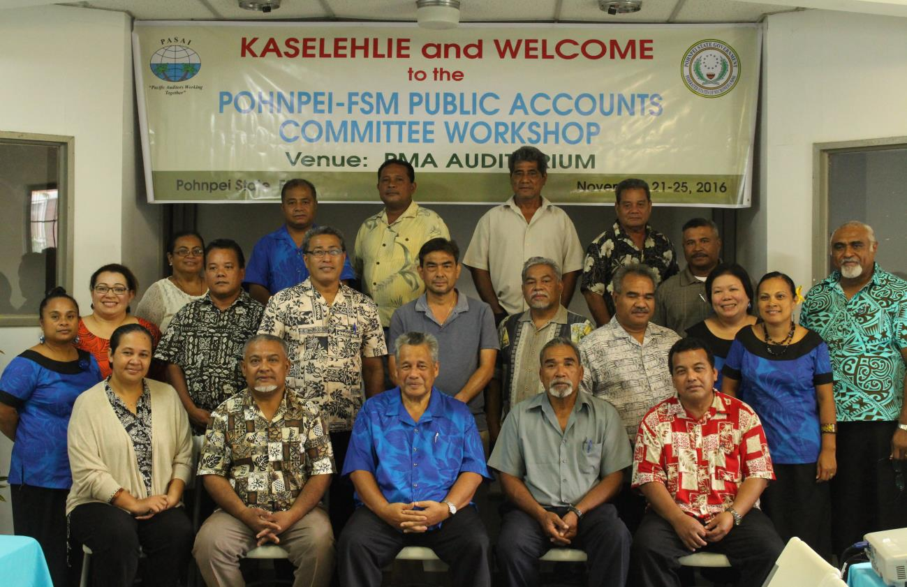 Image of Group 1, Members of the Legislature of Pohnpei State and staff of the Office of Public Auditor of Pohnpei State