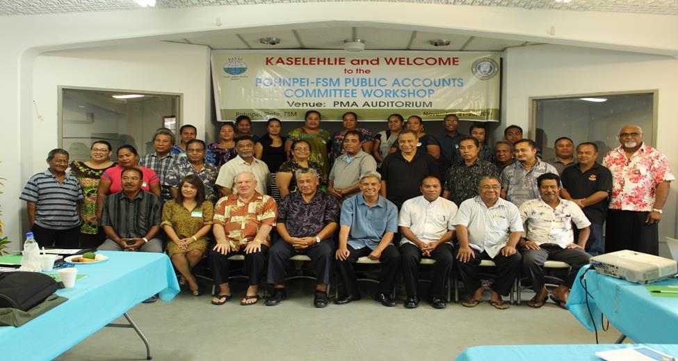 Image of Group 2, Cabinet Members, Chief Executives of Local Government, Directors of Government Departments, Finance and Administration staff, Public Auditors of FSM and staff.