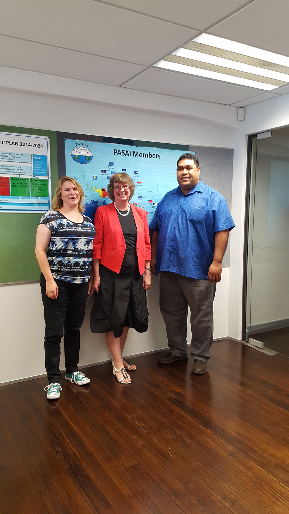 Lyn Provost visits the PASAI office, January 2017