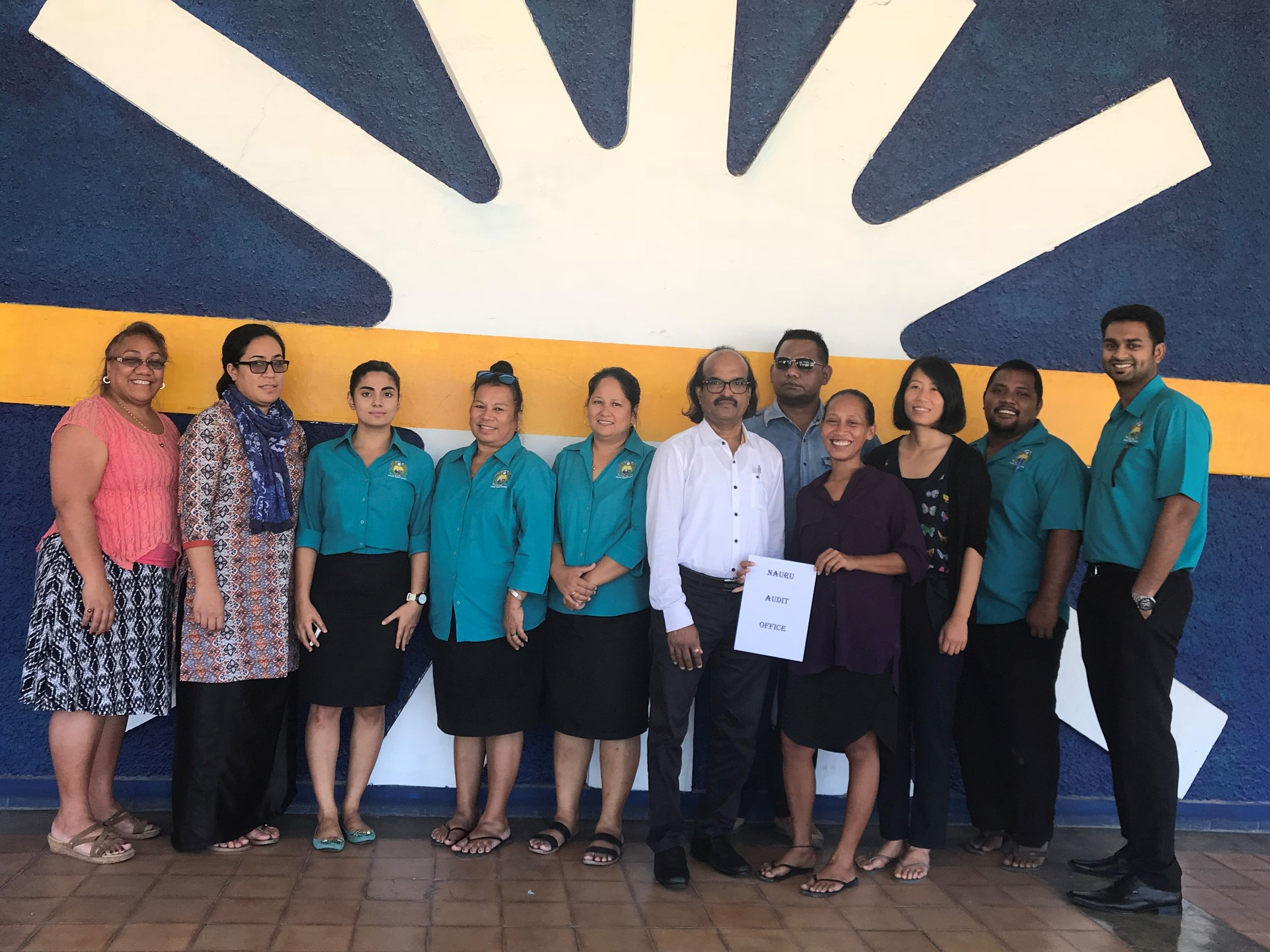 The SAI PMF Assessment team for the Nauru SAI PMF assessment in 2018, with Sinaroseta Palamo-Iosefo far left and Irina Sprenglewski third from right.