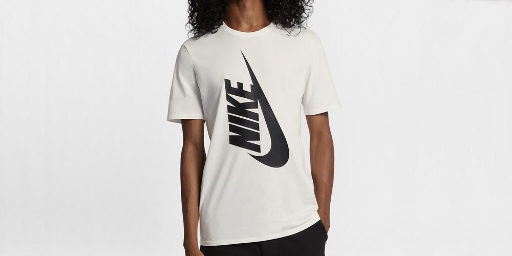 nikelab-essentials-mens-t-shirt.jpg