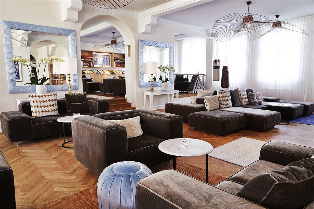 A live pianist plays the hotel lobby every Sunday afternoon. Image courtesy of Kurhotel Skodsborg.