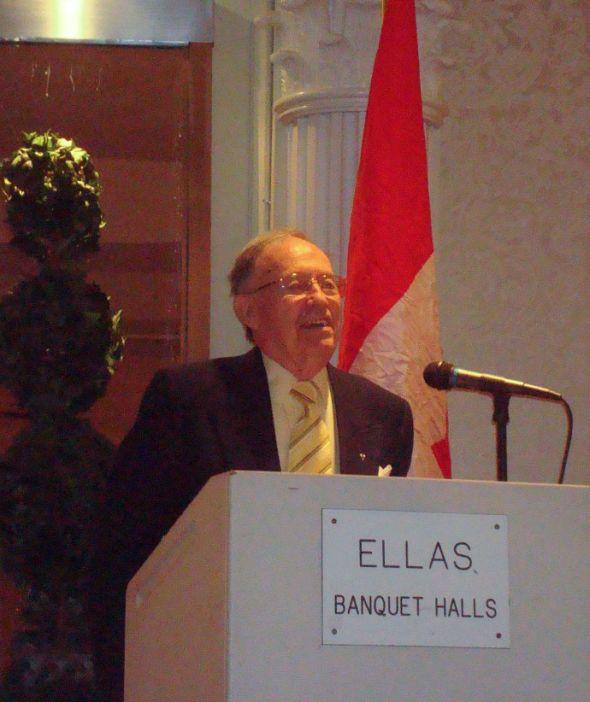 Reg Stackhouse giving a talk. (c) R. Merritt