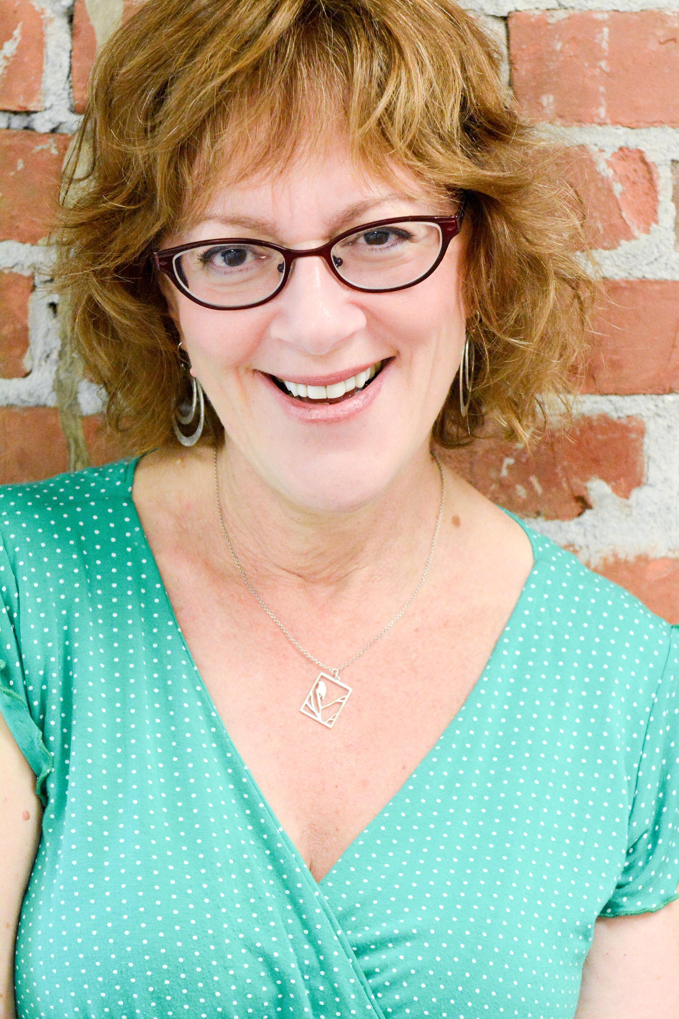 (c) Miriam Linderman