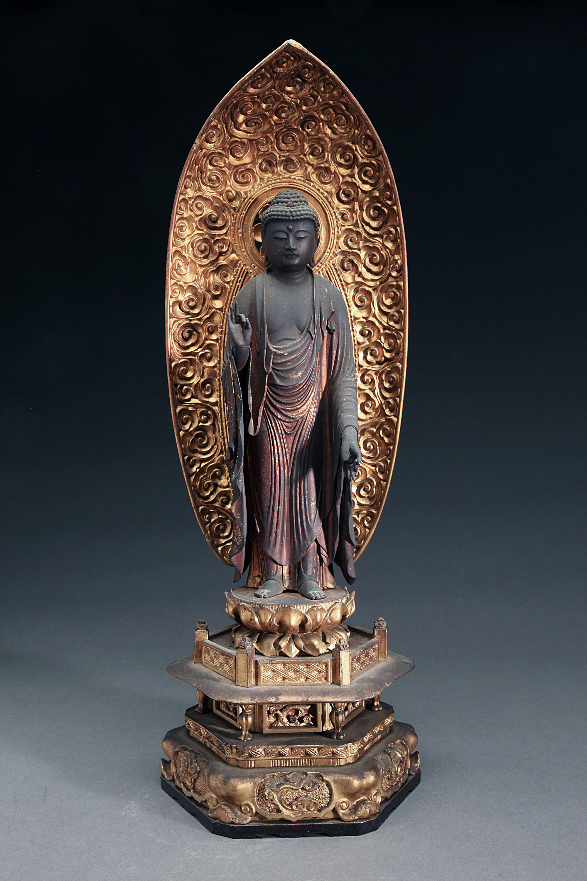 Very Fine Japanese 18th Century Gilt Wood Standing Buddha