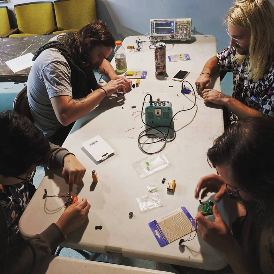Oscillator workshop at Tua Lingua, Charleston, SC