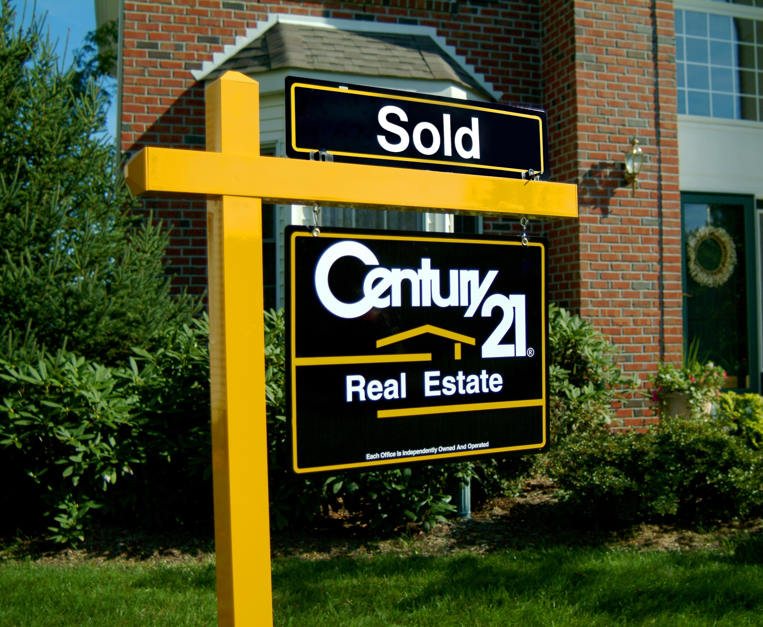 Real-Estate-2.jpg
