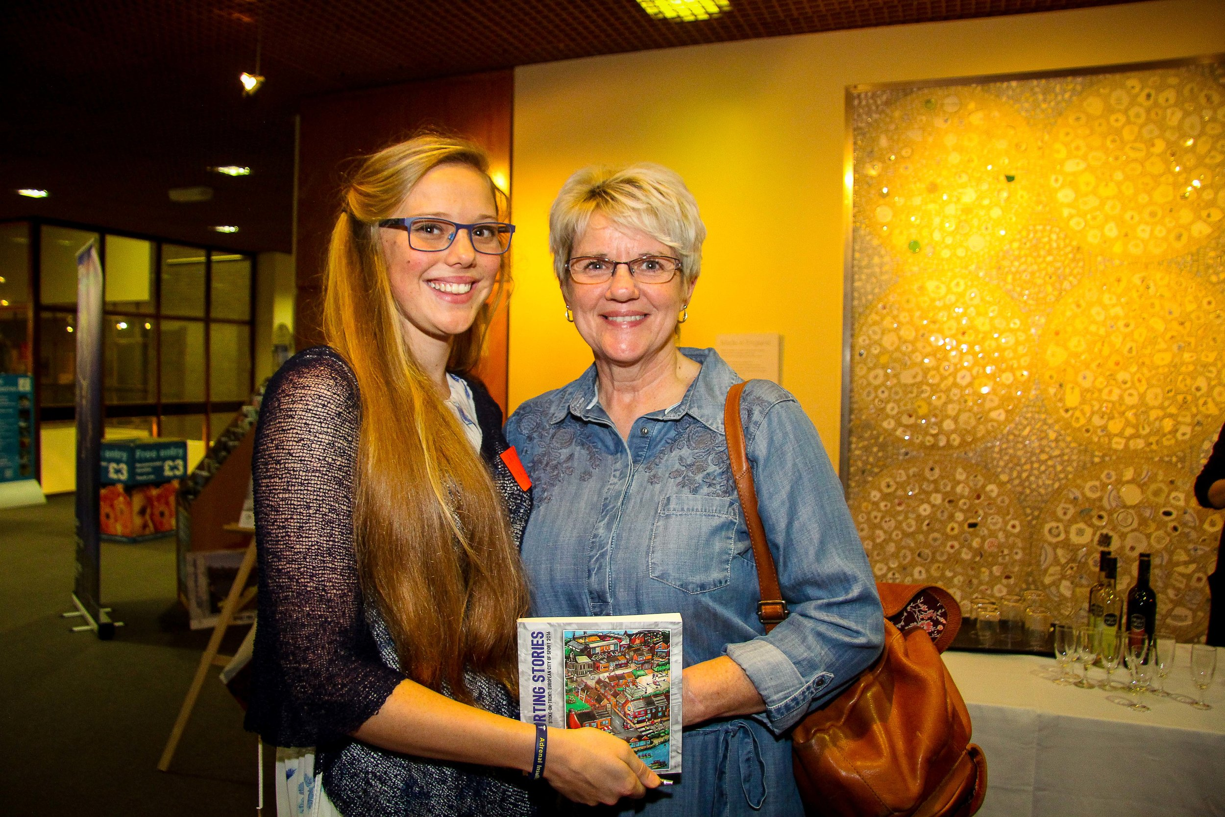 Zara, an inspirational triathlete and author of a great sporting story, with her own greatest hero - her mum!