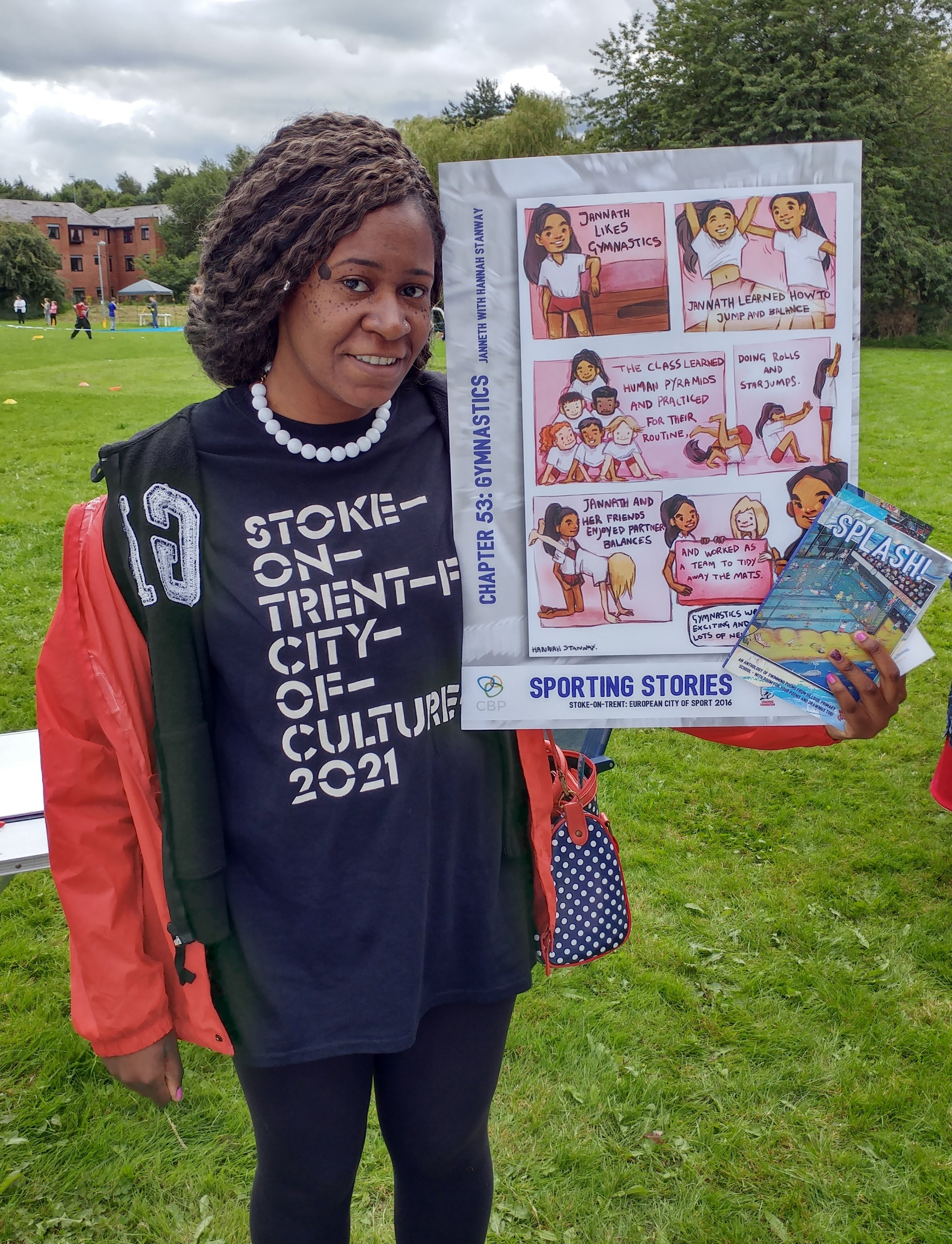 And another star turn - local poet Gabriella Gay showing off our favourite artwork and promoting Stoke-on-Trent's cultural identity and the SoT2021 City of Culture bid #sport #poetry #artwork