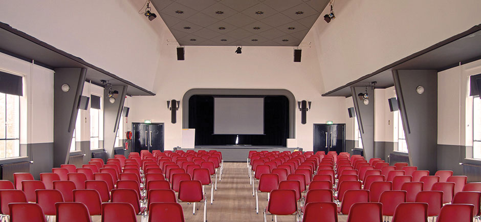 theatre_2.jpg