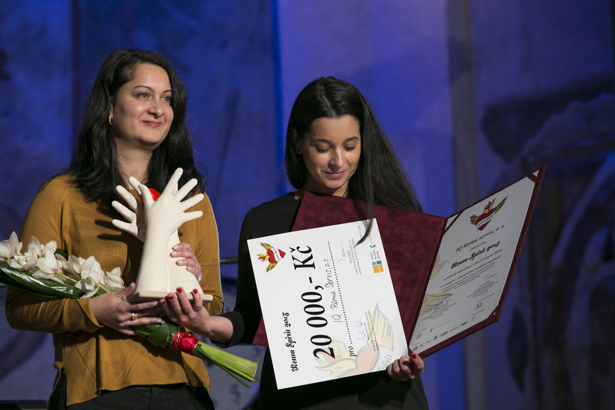 V kategorii Nezisková organizace bylo oceněno sdružení IQ Roma Servis za dlouhodobou práci v oblasti dluhů.