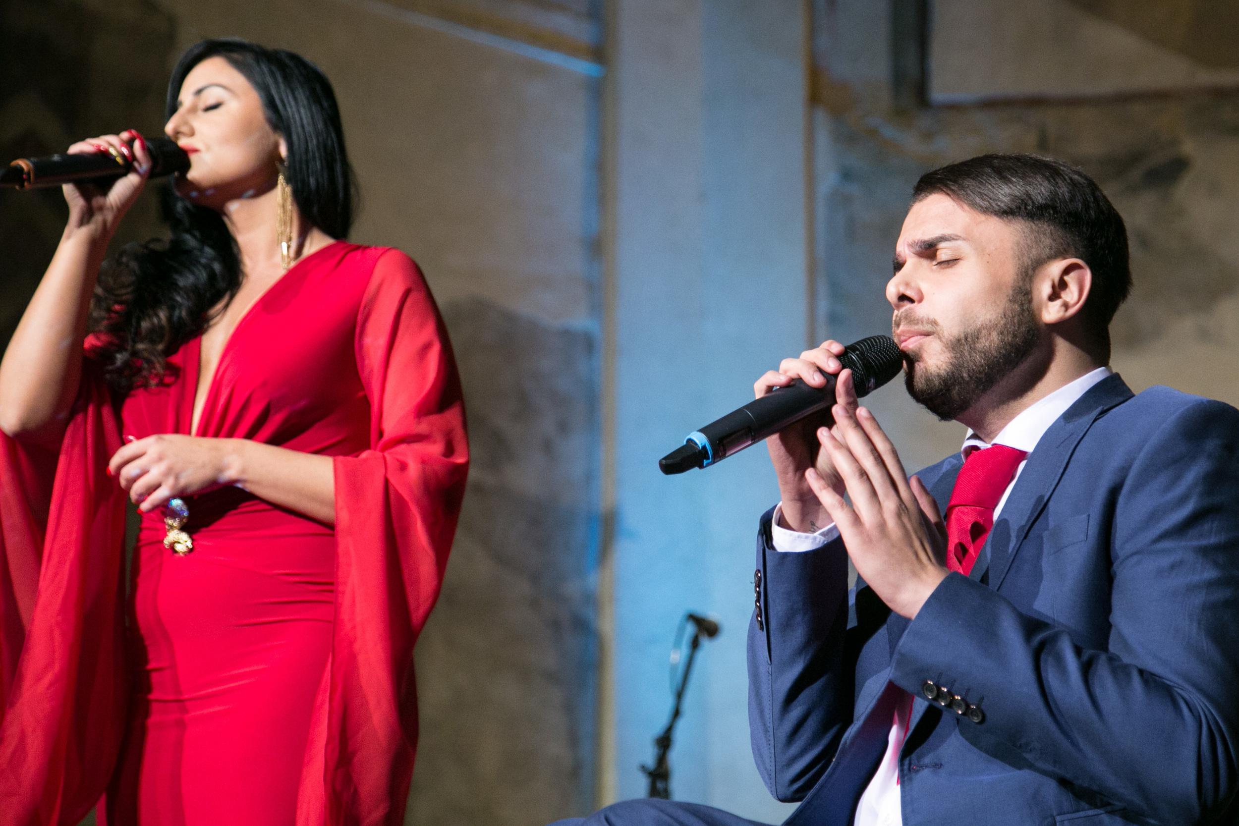 Dechberoucí zážitek nám přinesli Ricco a Claudia slavnou písní Je suis malade.