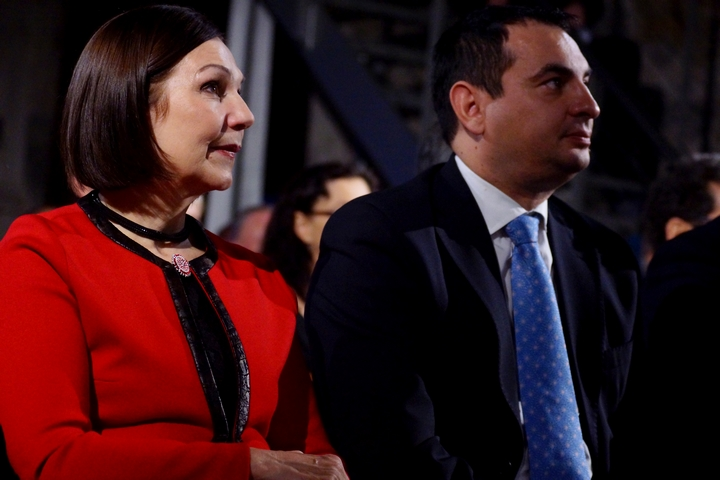 Ĺubomíra Slušná Franz, zakladatelka Roma Spirit na Slovensku, a Peter Pollák, zmocněnec vlády pro lidská práva Slovenské republiky pro romské komunity.