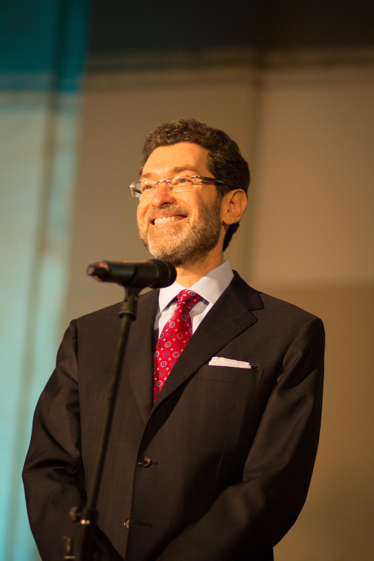 J.E. p. Norman Eisen, velvyslanec Spojených států amerických