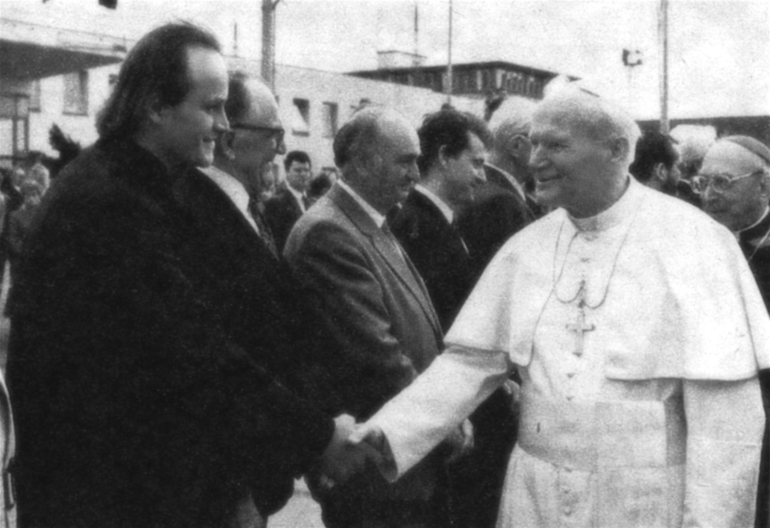 MK+papež.jpg