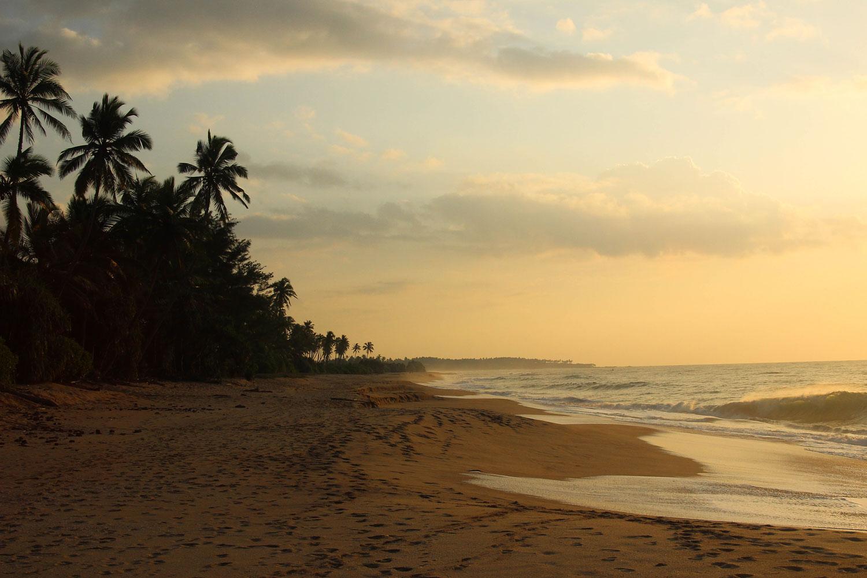 Sri_Lankan_Travel_Guide_Itinerary_Budgeting_Tangalle_New_Year's_Eve_Where_to_stay_Rekwana_Lagoon_beach_2.jpg