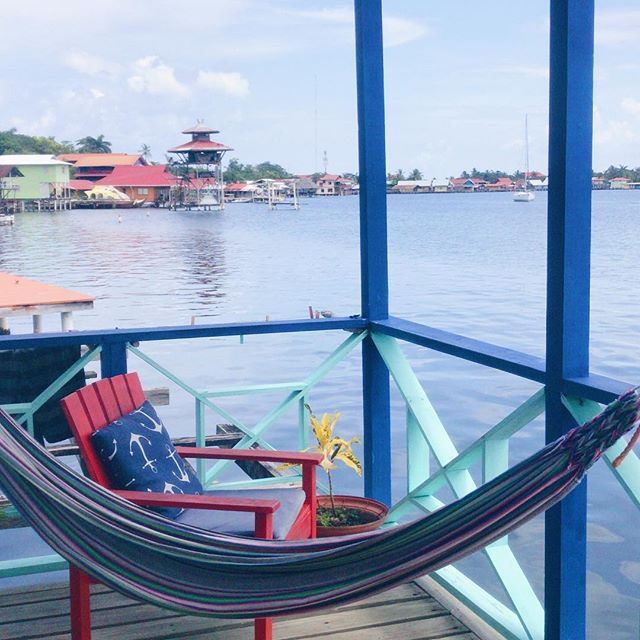 Where I'd rather be🧡💙💛❤️... instead I'm struggling with jet lag and going to work 🖥  #bocosdeltoro #postcardplaces #exploretheworld #livecolorfully #panama #seekthesimplicity