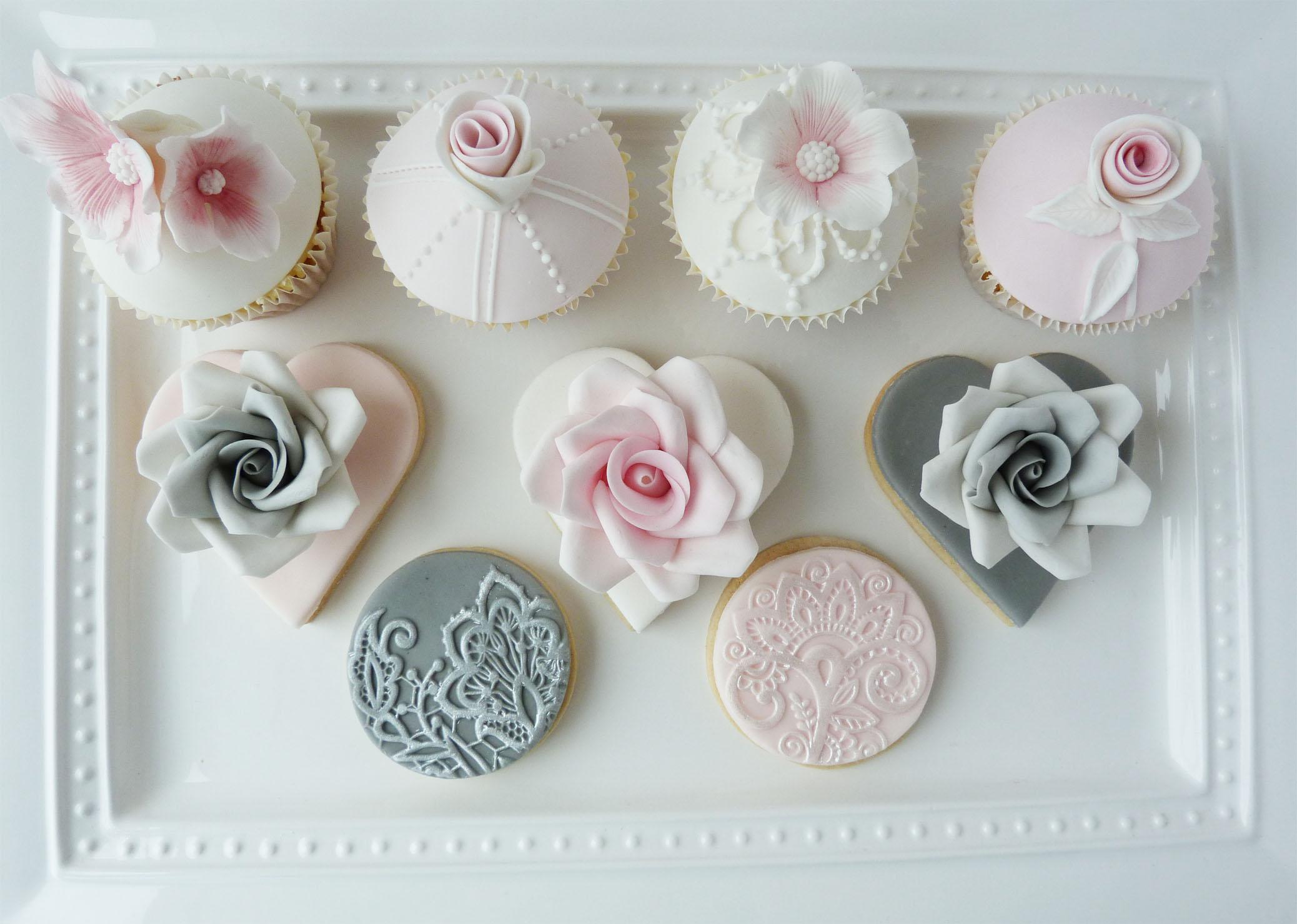 Vintage lace cupcakes and cookies.jpg