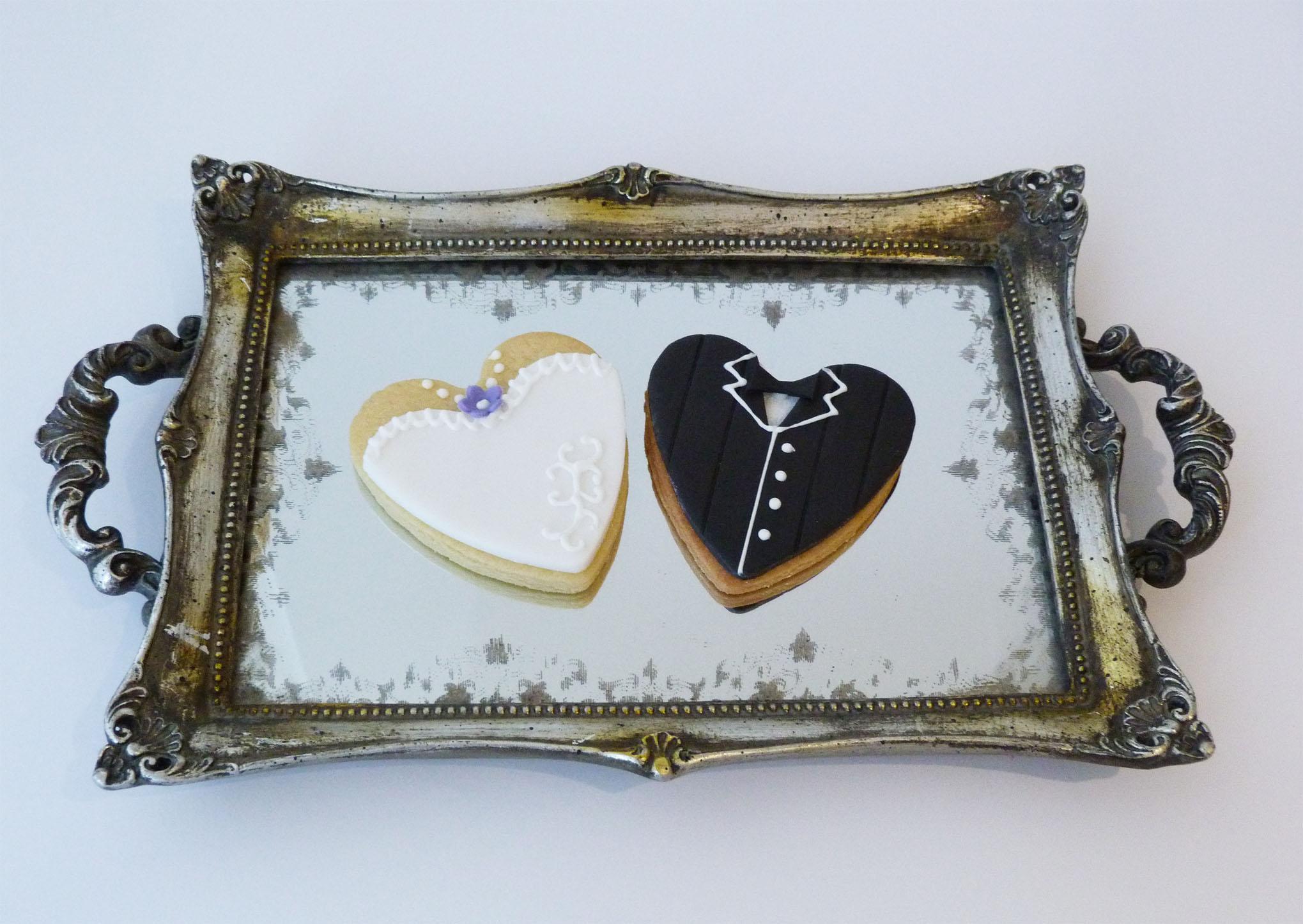 Bride and groom cookies.jpg