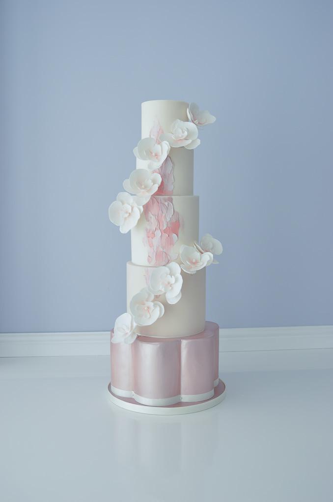 suzanne esper cakes.jpg