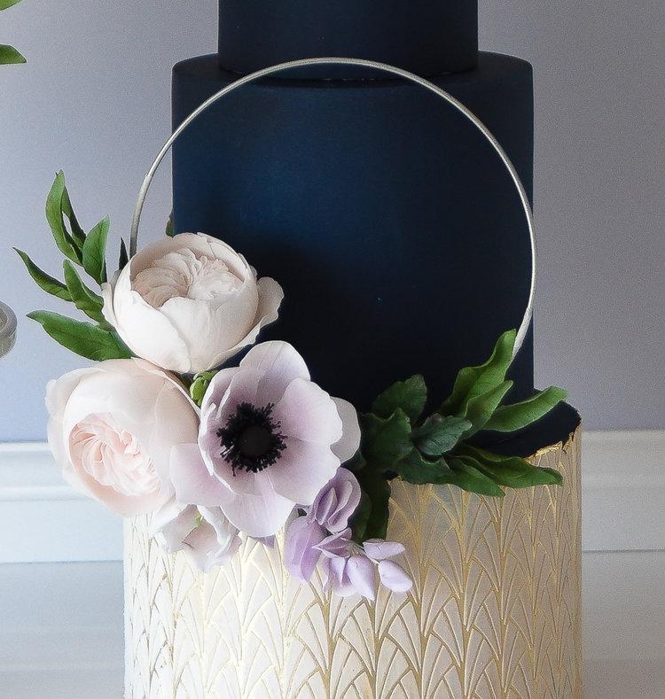floral loop.jpg