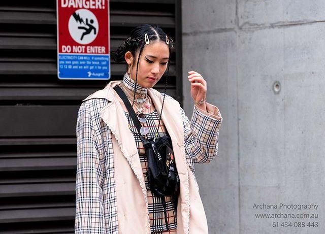 She's so pretty #sparkles @mercedesbenzfashion #fashion #fashionaustralia #fashionbloggers #archanaphotography #australiandesigners #mercedesbenz #mercedesbenzfashionweek #sydney #highendfashion #streetfashion #graziamagazine #streetswag #mercedesbenzfashionweekaustralia #graziaaustralia #cosmoaustralia #highheels #sparklyboots #chanel #mbfwa #australiafashionweek #vogue
