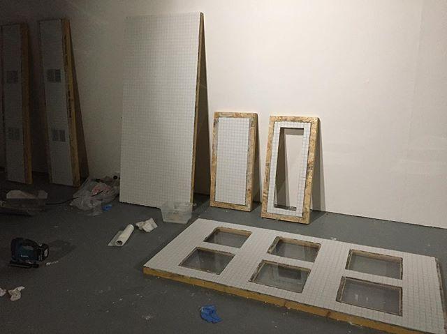 Install day one 💥 {#contemporaryart #contemporarysculpture #art #sculpture #posthumanism #tiles #crate #mushrooms}