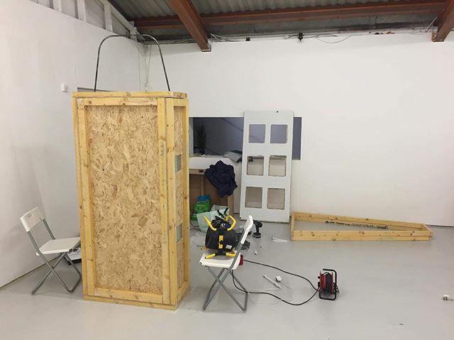 F L E S H & F I N I T U D E // install {#contemporaryart #art #sculpture #installation #fundee #exhibition #install #woodwork #mycology #mycelium #mushrooms #pinkoyster #tiles #NEoN #festival #WIP}