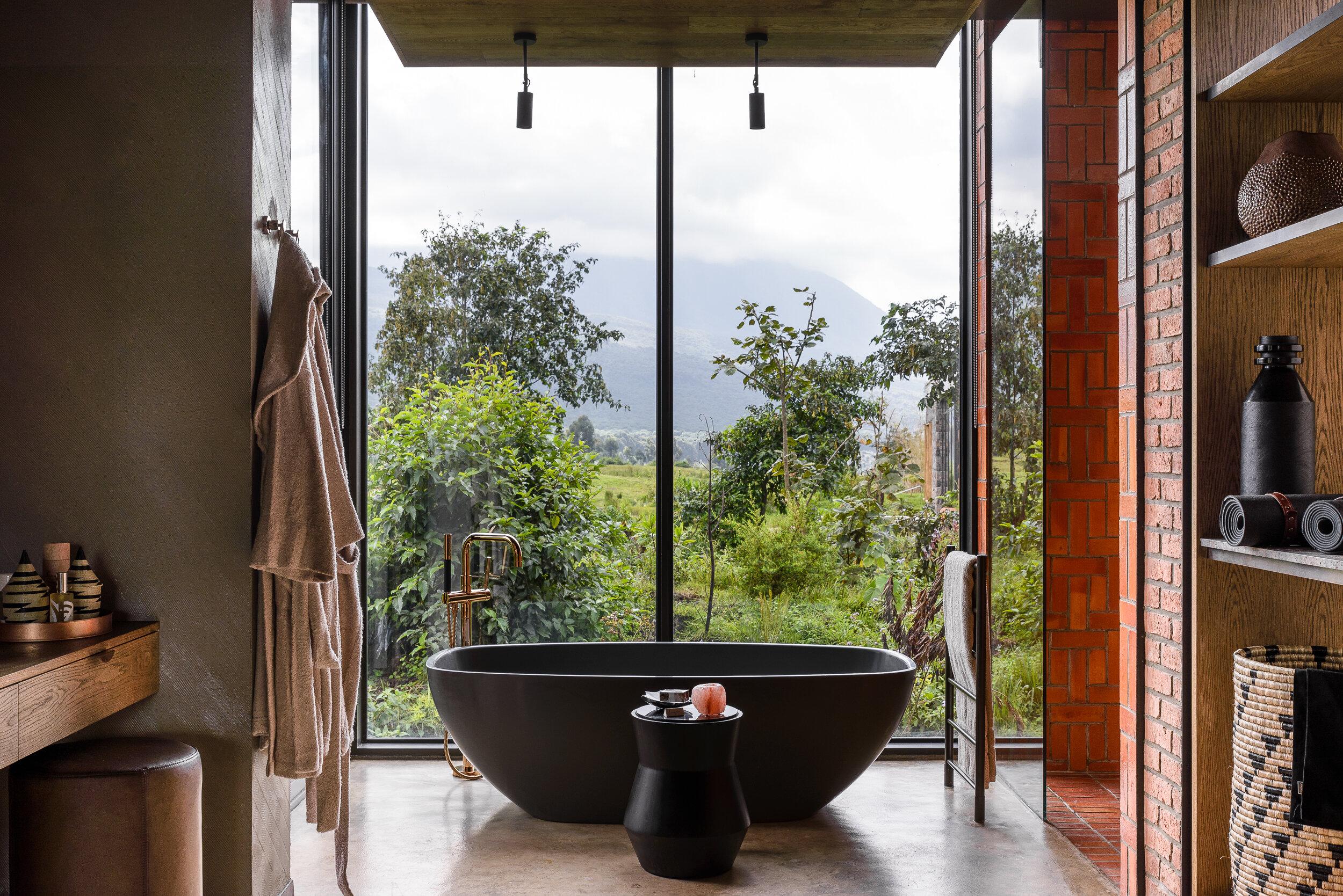 Singita-Kwitonda-Lodge-Bathroom.jpg