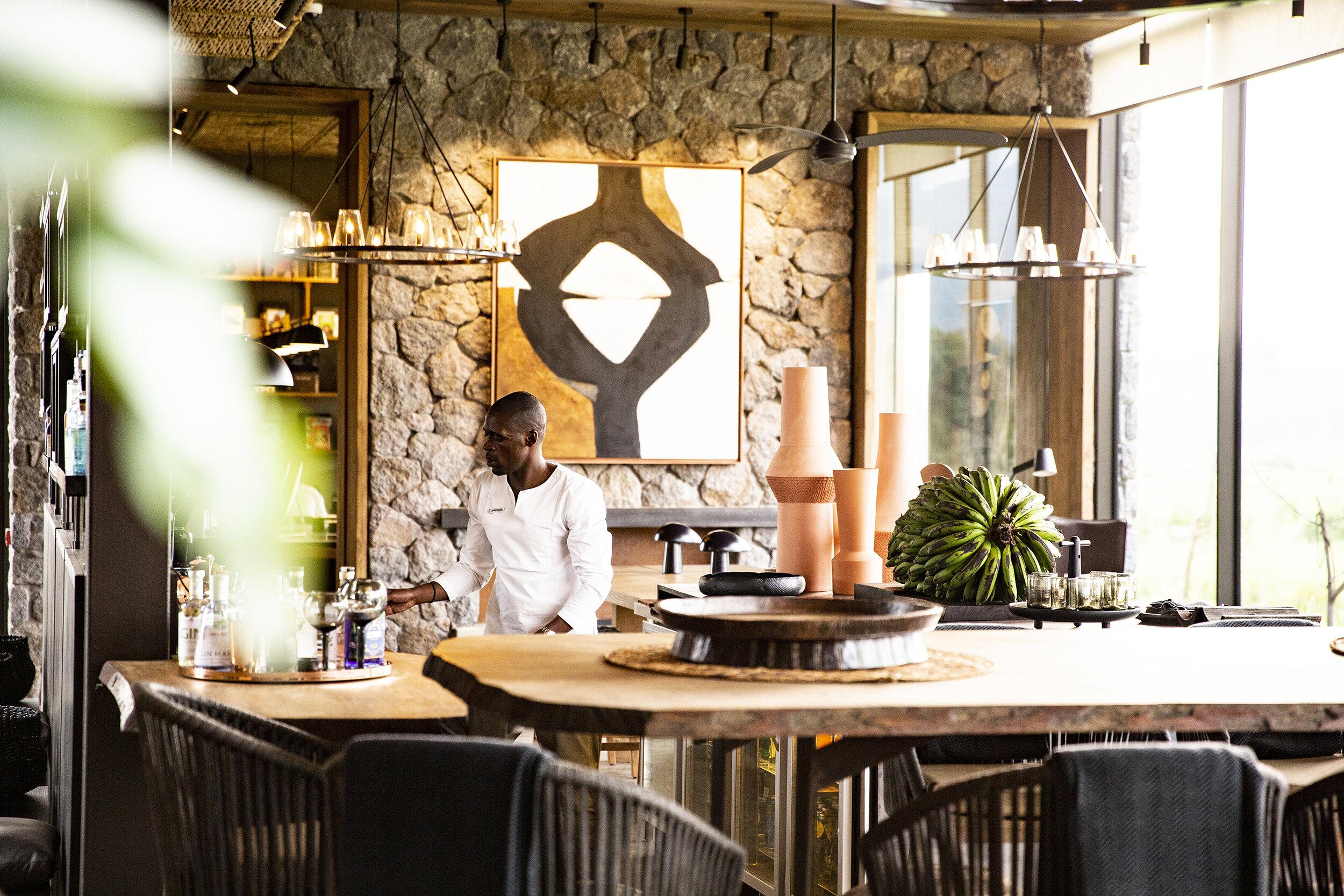 Singita-Kwitonda-Lodge-Bar2.jpg