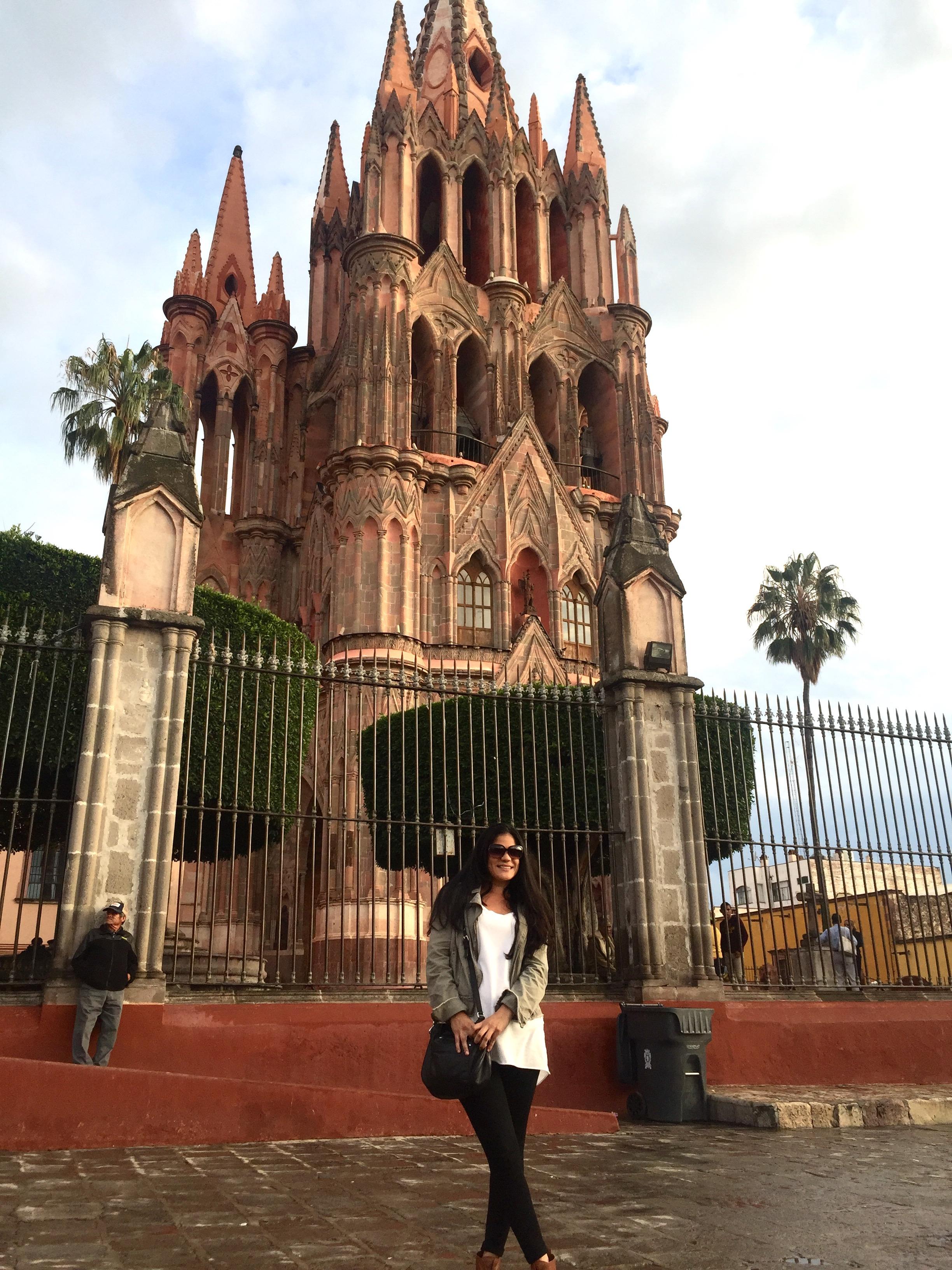 La Parroquia de San Miguel Arcangel | SMA