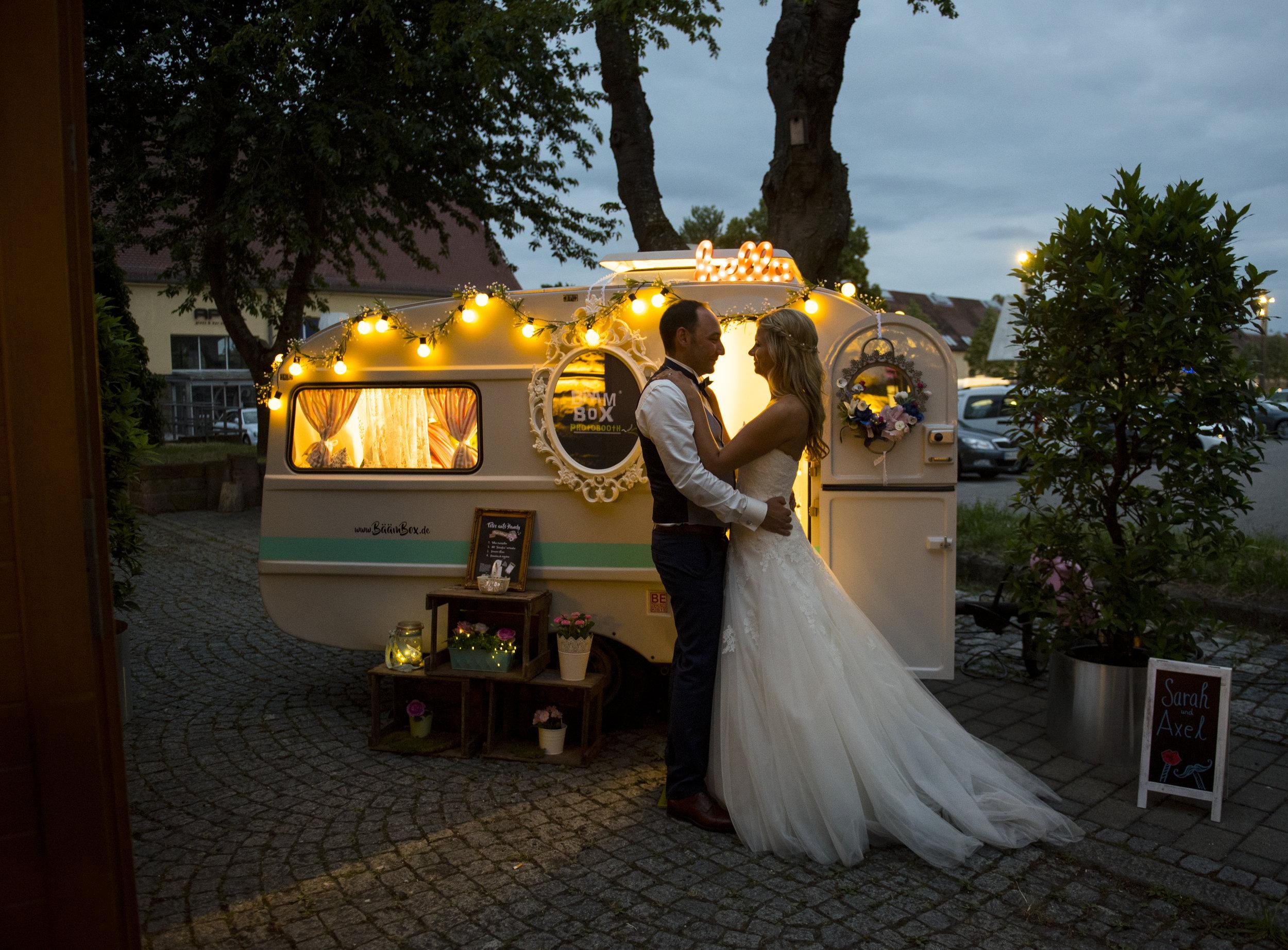 Brautpaar-davor.jpg
